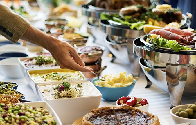 How to Avoid Overeating This Holiday Season